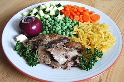 Zutaten Nudel-Geflügel-Eintopf