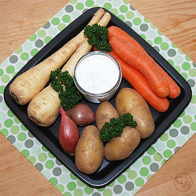 Zutaten für Kartoffel-Pastinaken-Möhren-Suppe