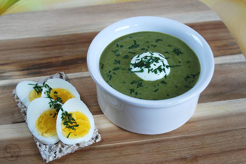 Grüne Suppe mit Blub